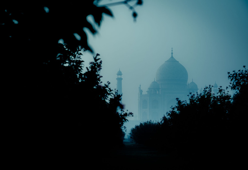 Taj Mahal in Agra by dawn